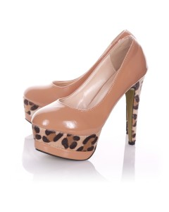 Playgirl Tan Shoes With A Unique Animal Print